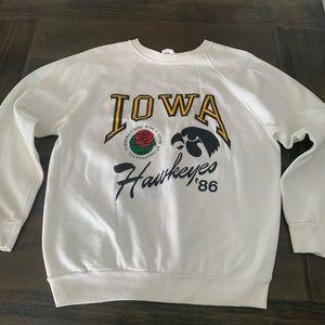 Vintage 1986 Iowa Hawkeyes Rose Bowl crewneck M